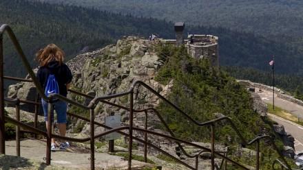 安装于1937年的山顶扶手护栏