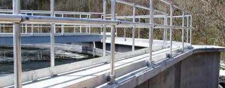 适合水处理行业的耐用又经济的栏杆