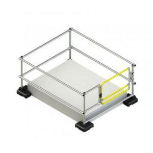 带自闭式安全门的天窗护栏 (1.5m x 2m)