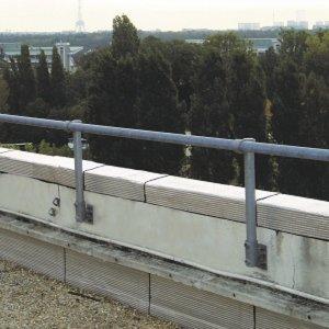 C13垂直基座固定接头