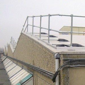斜坡屋顶护栏