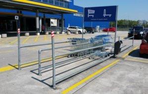 购物车堆放处护栏