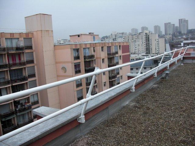 屋顶女儿墙护栏